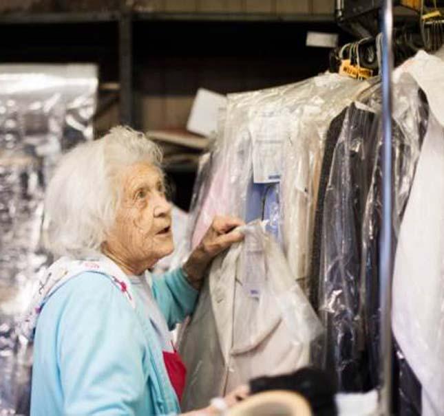 100 évesen is heti 6 napot dolgozik