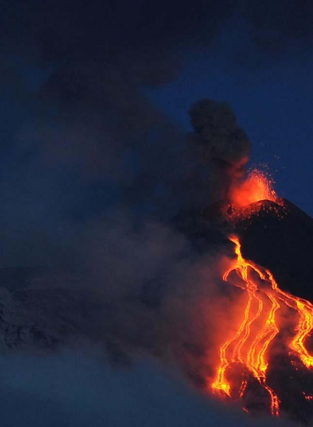 Kitört az Etna