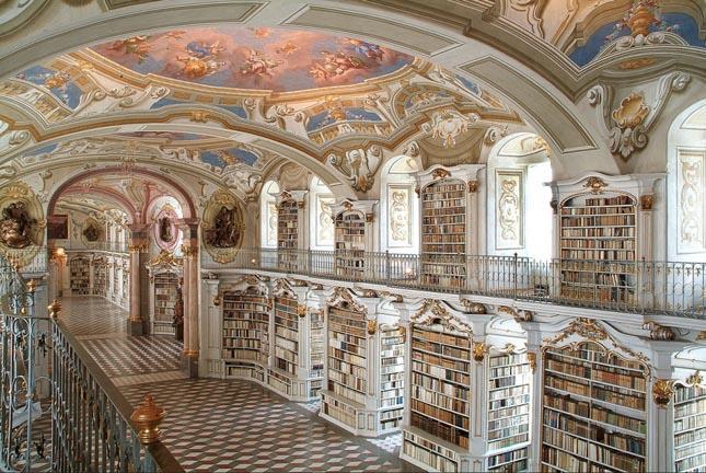 Admont apátsági könyvtár, Admont, Ausztria