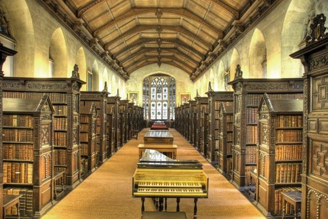 St. John's College Könyvtára, Cambridge, Nagy-Britannia