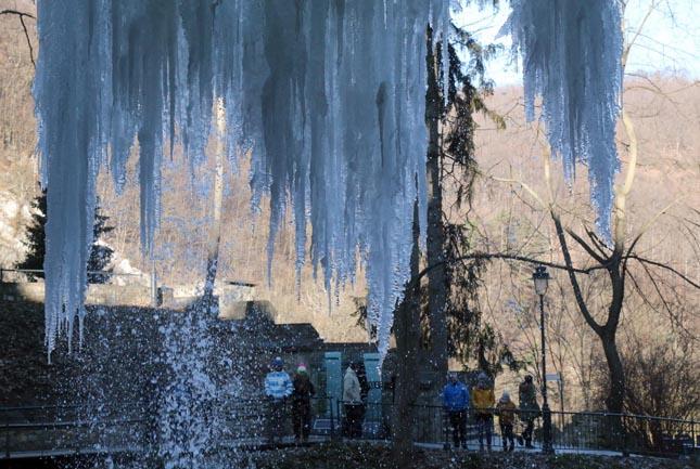 Befgyott a lilafüredi vízesés