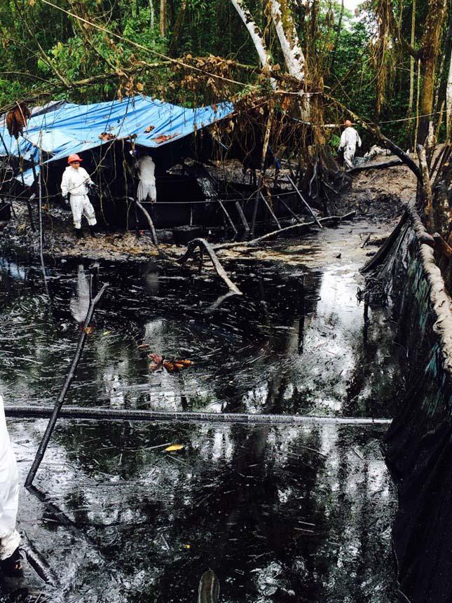 Perui olajszennyezés