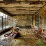 Csernobil elhagyatott kórháza 27 évvel a baleset után