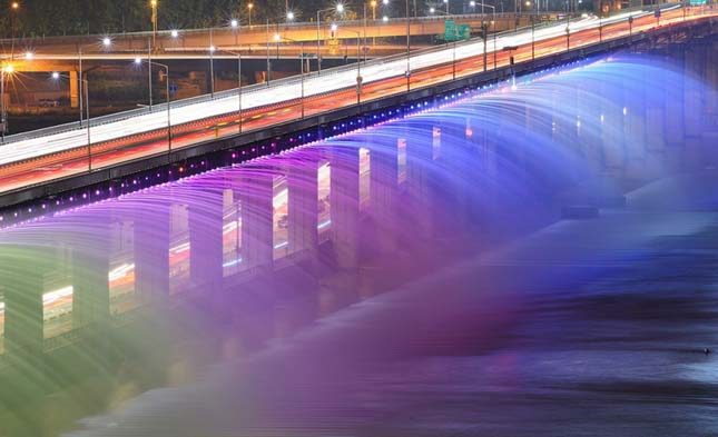 A szökőkutakkal teli híd a Banpo híd, Dél Korea7