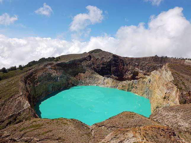 Kelimutu vulkán