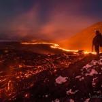 Lávafolyam testközelből a Kamcsatka-félszigeten
