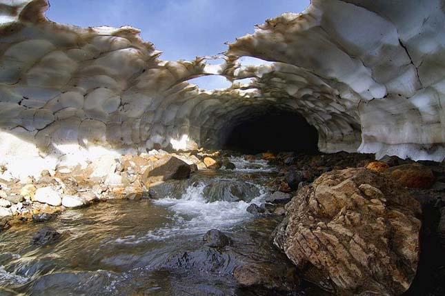 kamcsatkai jégbarlang