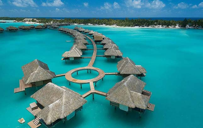 Four Seasons Hotel - Bora Bora