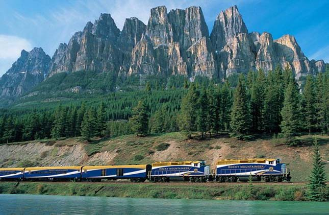 Determined Climber (Rocky Mountaineer), Canada