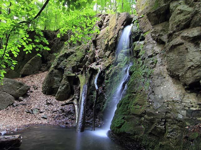 Ilona-völgyi vízesés - Parádfürdő