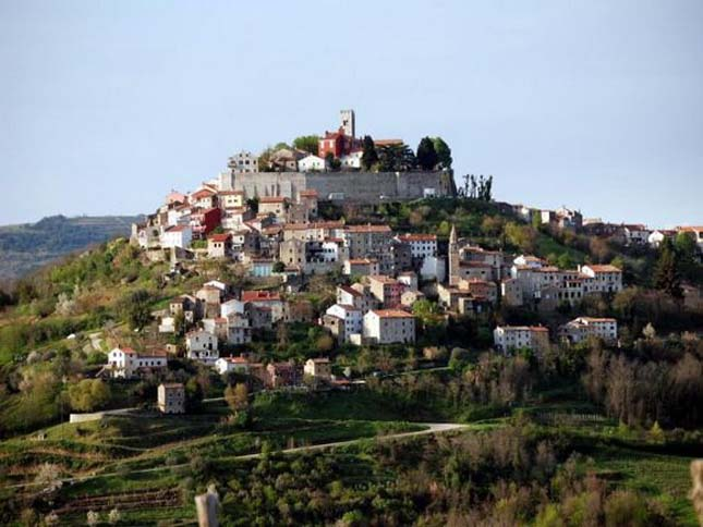 Motovun község, Horvátország