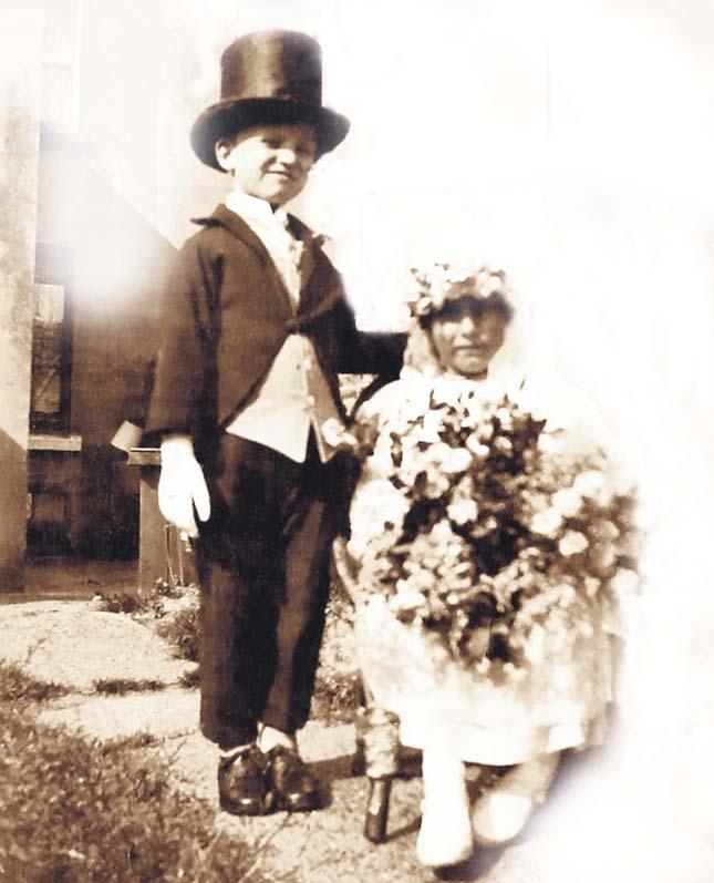 gyerekkori esküvő