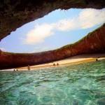 Hidden Beach – Rejtett strand a mexikói Marietta-szigeteken