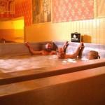 Sör fürdő a Starkenberger vár sörfőzdéjében