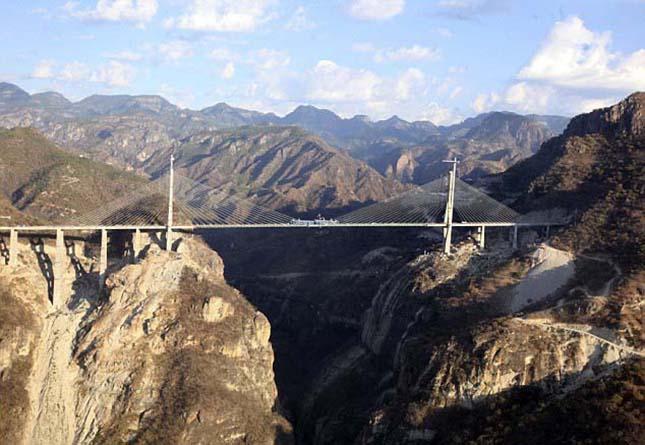 Baluarte híd