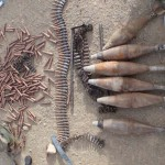 A Tálib felkelőktől elkobzott fegyverek arzenálja
