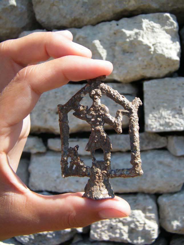 Silvanus isten apró ólom szobrocskája