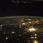 Lenyűgöző videó Földünkről a Nemzetközi Űrállomás ablakából