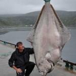 234 kilós óriáshalat fogott egy férfi