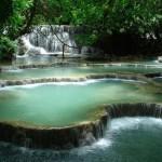 A gyönyörű  Kuang Si vízesés rendszer