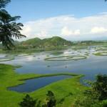 A Loktak-tó úszó szigetei