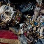 Előkerültek az arany csontvázak