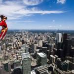 Nem mindennapi séta a torontói CN Torony peremén