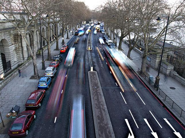 Angliai baloldali közlekedés