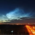 Különleges fényjelenség Cseljabinszk egén