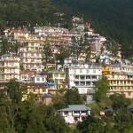 A Dalai Láma lakóhelye az indiai Dharamszalában