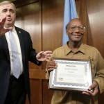 Gazdag emberré vált egy becsületes hajléktalan férfi Amerikában