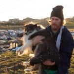 Élve találta meg kutyáját egy amerikai férfi a háza romjai alatt