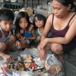 Elképesztő valóság – Szemétből készítenek húst a manilai szegények