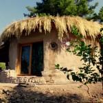 Sárból épült öko-ház a török hegyekben