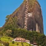 Guatapé sziklájának megmászása