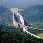 Különleges autópálya a dzsungel fölött