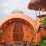 2 millió forintból építette meg különleges álomházát egy férfi Thaiföldön