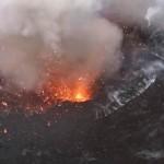 Látványos közeli felvételen a Yasur vulkán kitörése