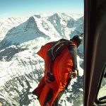 Madáremberek elképesztő ugrása a svájci Alpokban