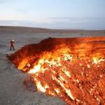 """Egyedülálló expedíció indul """"A pokol kapujaként"""" ismert lángoló kráterbe"""
