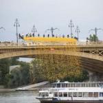 Sárga gumikacsák árasztották el a Dunát