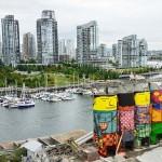 Színes óriásokká változtatta a hatalmas betonsilókat egy testvérpár