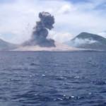 Dermesztő hanggal tört ki egy vulkán Pápua-Új-Guineán