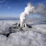 Embereket temetett be a Japán Ontake vulkán hamufelhője