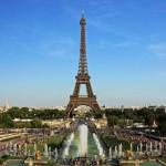 Üvegpadlón sétálhatnak az Eiffel-torony látogatói