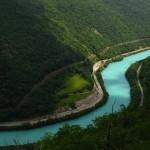 A különleges színben tündöklő Isonzó folyó