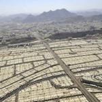 Hívek százezrei áramlanak a Mína-völgyi sátorvárosba