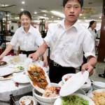 Kétszáz millió embert lehetne jóllakatni a Kínában elpazarolt élelmiszerrel