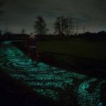 Különleges, világító kerékpárút Hollandiában