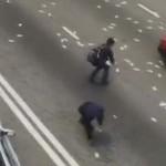 Félmilliárd forintnyi készpénz szóródott ki egy pénzszállító autóból Hongkongban